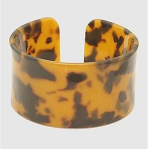 Medium Tortoise Celluloid Cuff